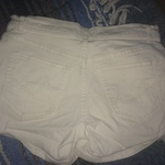 NY&C White Shorts is being swapped online for free