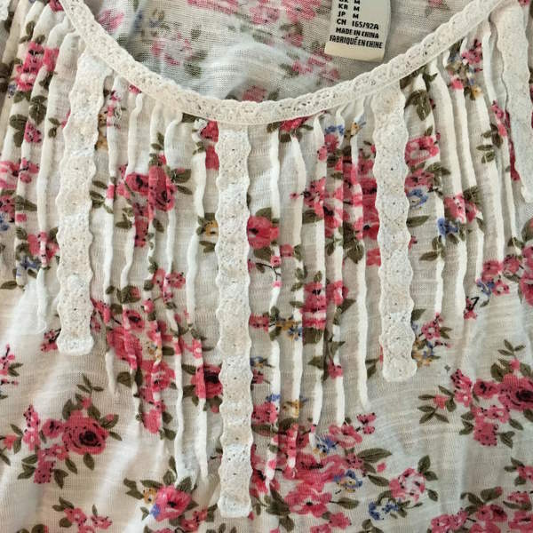Floral Spaghetti Strap Tank is being swapped online for free