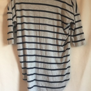 Cozy gray/striped 3/4 length tee  is being swapped online for free