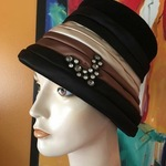 "Vintage Evelyn Varon Exclusive Italian Wool/satin Jeweled Hat-Sz.22"" is being swapped online for free"