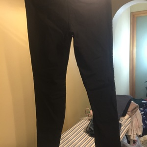 Haze black dress pant leggings medium is being swapped online for free