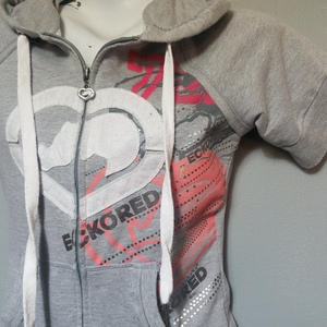 Ecko Hoodie  is being swapped online for free