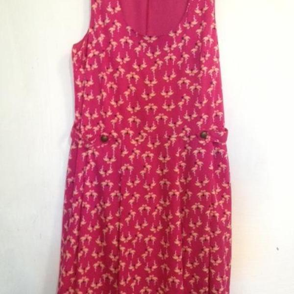 flamingo dress is being swapped online for free