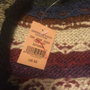 NWT XS American Eagle Sweater is being swapped online for free