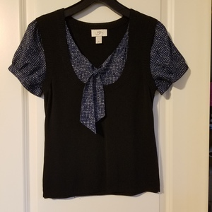 Ann Taylor loft top is being swapped online for free