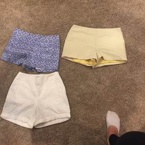 Forever 21 & H&M shorts sz  2 / XS is being swapped online for free
