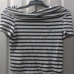 Sporty/flirty striped top is being swapped online for free