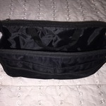 Black purse organizer (for a LARGE purse) is being swapped online for free