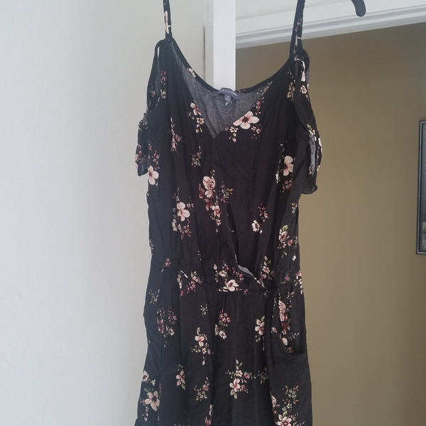 Adorable black romper with flowers  is being swapped online for free