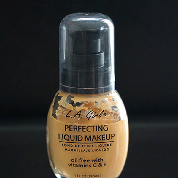 L.A.girls perfecting liquid makeup oil free foundation with vitamins C&E is being swapped online for free