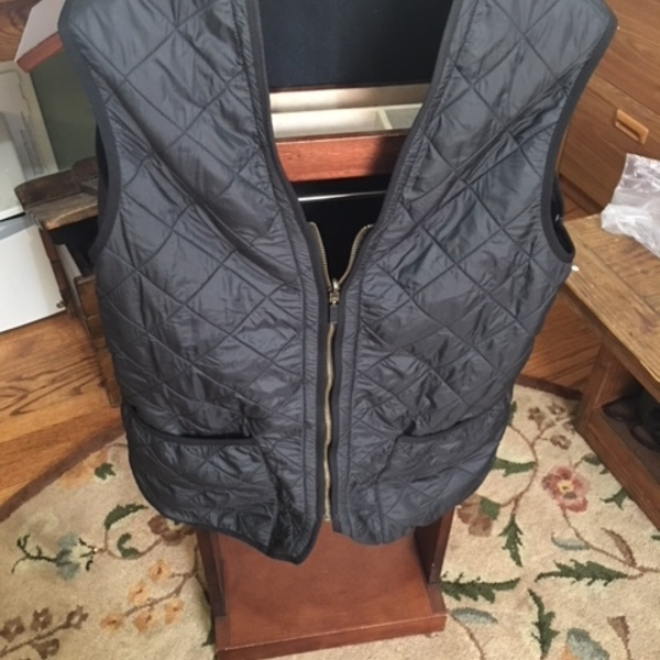 Men's Barbour Quilted Nylon Vest-L is being swapped online for free