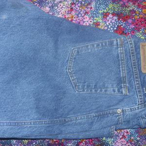 Gitano blue jeans size 18 is being swapped online for free