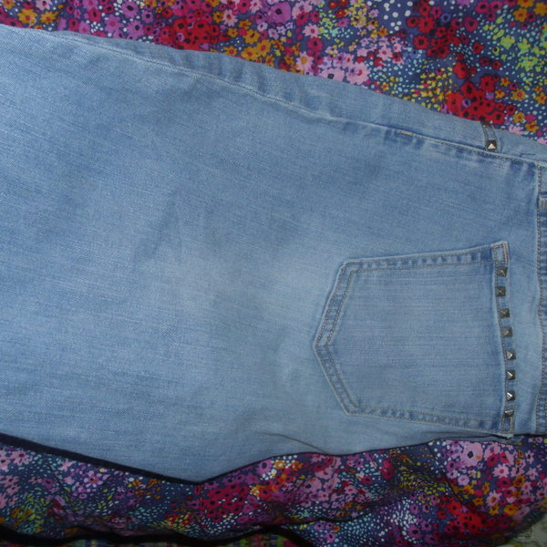 Gap blue jeans size 16 / 33 ladies is being swapped online for free