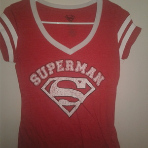 SUPERMAN TEE is being swapped online for free