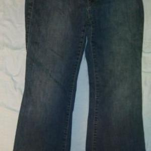 33 Inch Ann Taylor Jeans is being swapped online for free