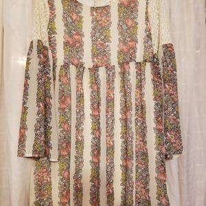 Entro baby doll boho dress (size small) is being swapped online for free