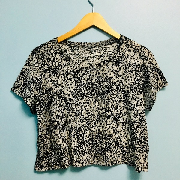 Aeropostale Floral Crop Top is being swapped online for free