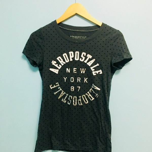 Aeropostale T-shirt is being swapped online for free