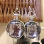 Greys Anatomy nerdy earrings is being swapped online for free