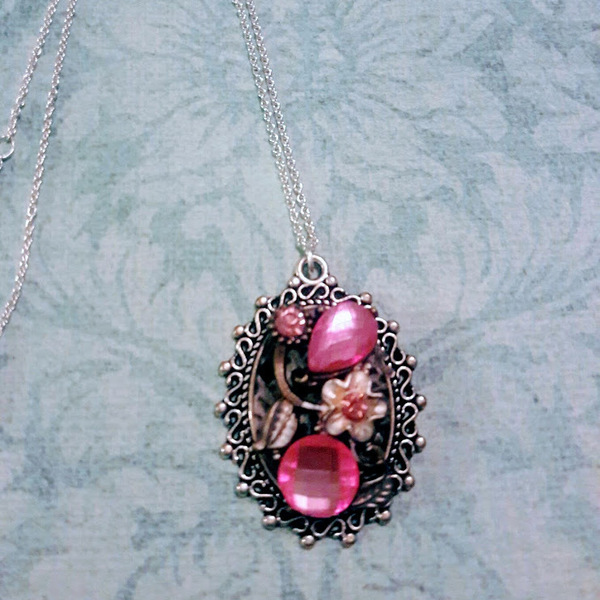 Pink and silver necklace is being swapped online for free