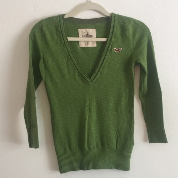 Green Hollister Vneck Sweater is being swapped online for free