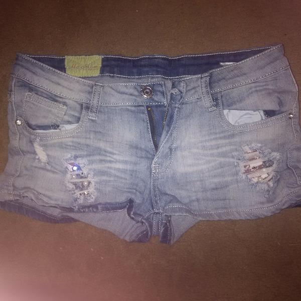 cute bling american eagle shorts  is being swapped online for free