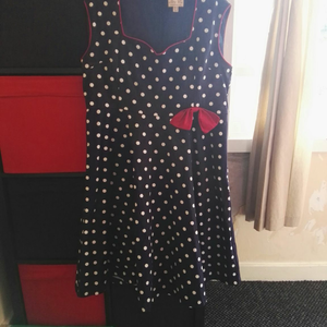 Lindy bop dress  is being swapped online for free