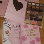 NEW Too Faced Palette & Beauty Planner  is being swapped online for free