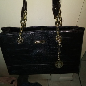 Ann Klien purse is being swapped online for free