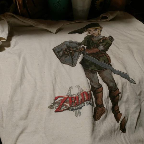 Zelda Tee is being swapped online for free