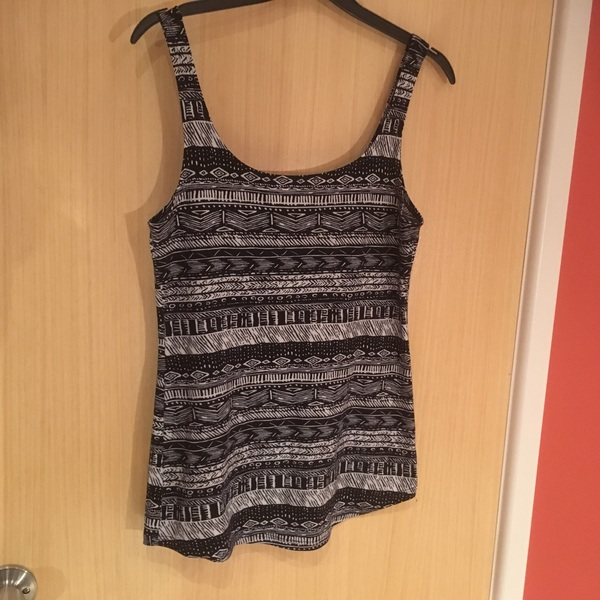 Aztec print tank top stretchy UK 10 is being swapped online for free