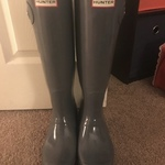 Charcoal grey Hunter Rainboots is being swapped online for free