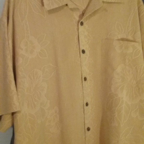 Tommy Bahama Honda silk camp shirt  is being swapped online for free