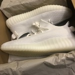 Yeezy Boost 350 Triple White is being swapped online for free