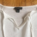 Ann Taylor thin sweater is being swapped online for free