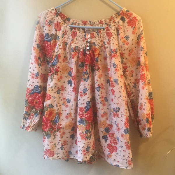 Dress barn cotton blouse  is being swapped online for free
