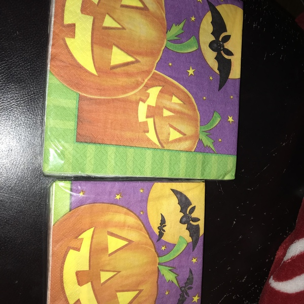 Halloween napkins large and small  is being swapped online for free