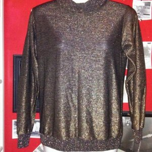 Sparkly Gold/Black Long Sleeved Top - Size Medium is being swapped online for free