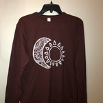 Women's maroon sun & moon design long sleeve sweater size small is being swapped online for free