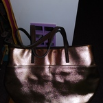 Gold Purse Handbag Faux Leather 6 pockets is being swapped online for free