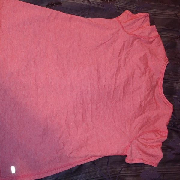 Danskin Womens XL Orange TShirt New is being swapped online for free