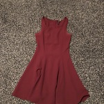 H&M dress maroon is being swapped online for free