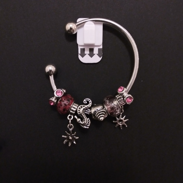 Red charm bracelet is being swapped online for free