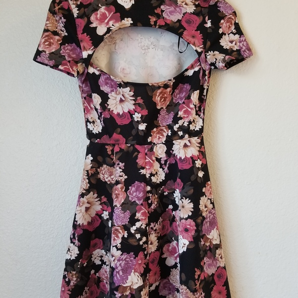 Floral Skater Dress is being swapped online for free