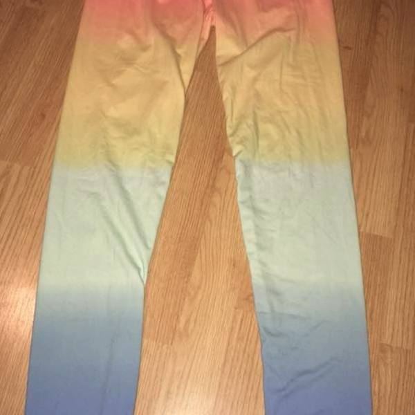 Beautiful Rainbow Leggings :) is being swapped online for free