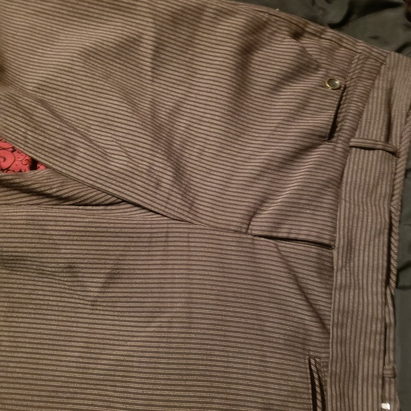 BCX size 7 (more like 5) dress pants is being swapped online for free