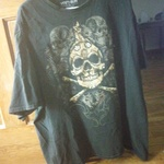 Skull tee shirt is being swapped online for free