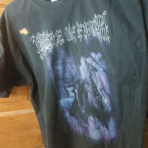 Cradle of Filth band the shirt is being swapped online for free