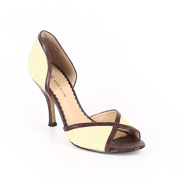 Anne Klein Peep Toe Women's Heels 7 is being swapped online for free