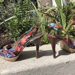 Summer heels! Size 8 is being swapped online for free